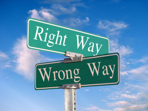 Common Career Mistakes - Right Way and Wrong Way